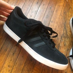 Adidas Neo Sneaker! Worn once!